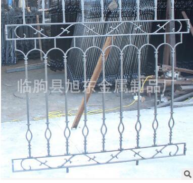 定制铁艺护栏 别墅洋房配套防护栏 铸铁安全防护栏杆加工定制