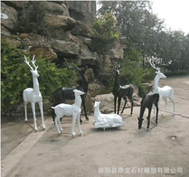 现货玻璃钢雕塑彩绘鹿户外几何鹿树脂仿真抽象梅花鹿招财动物雕塑
