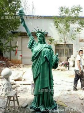 现货美国自由女神像雕像欧洲名作雕塑西方人物装饰品玻璃钢摆件