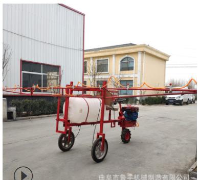现货供应自走式打药机玉米三轮车喷药机柴油8马力小麦三轮打药机