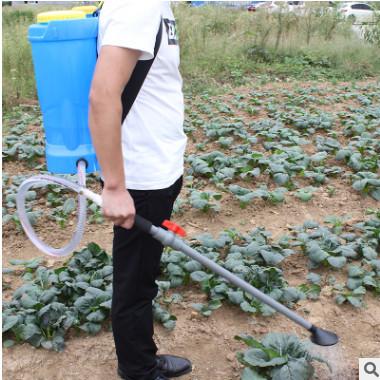 农用多功能蔬菜浇水施肥器 撒肥机 液体溜肥器 背负水肥一体机