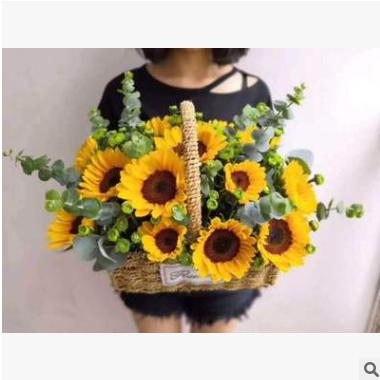 芍药 精美包装花束.多彩多色.各式各样精美包装花束