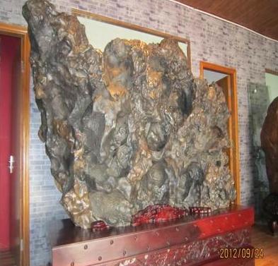 天然广西来宾石、大型奇石、华夏神龙