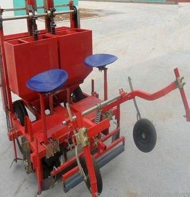 土豆播种机生产厂家 小型单行马铃薯播种机