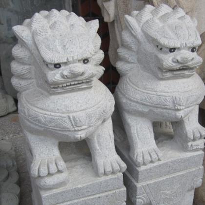 支持定制 花岗岩石材雕刻动物 园林广场寺庙口石雕石狮子
