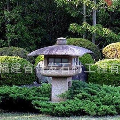 仿古做旧室外景观公园绿地石灯笼 花岗岩落地石雕灯笼支持定制
